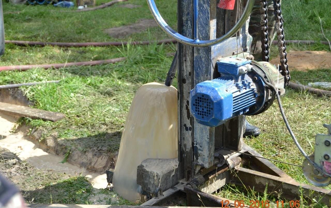 Бурим скважины на воду - Стародуб, цены, предложения специалистов